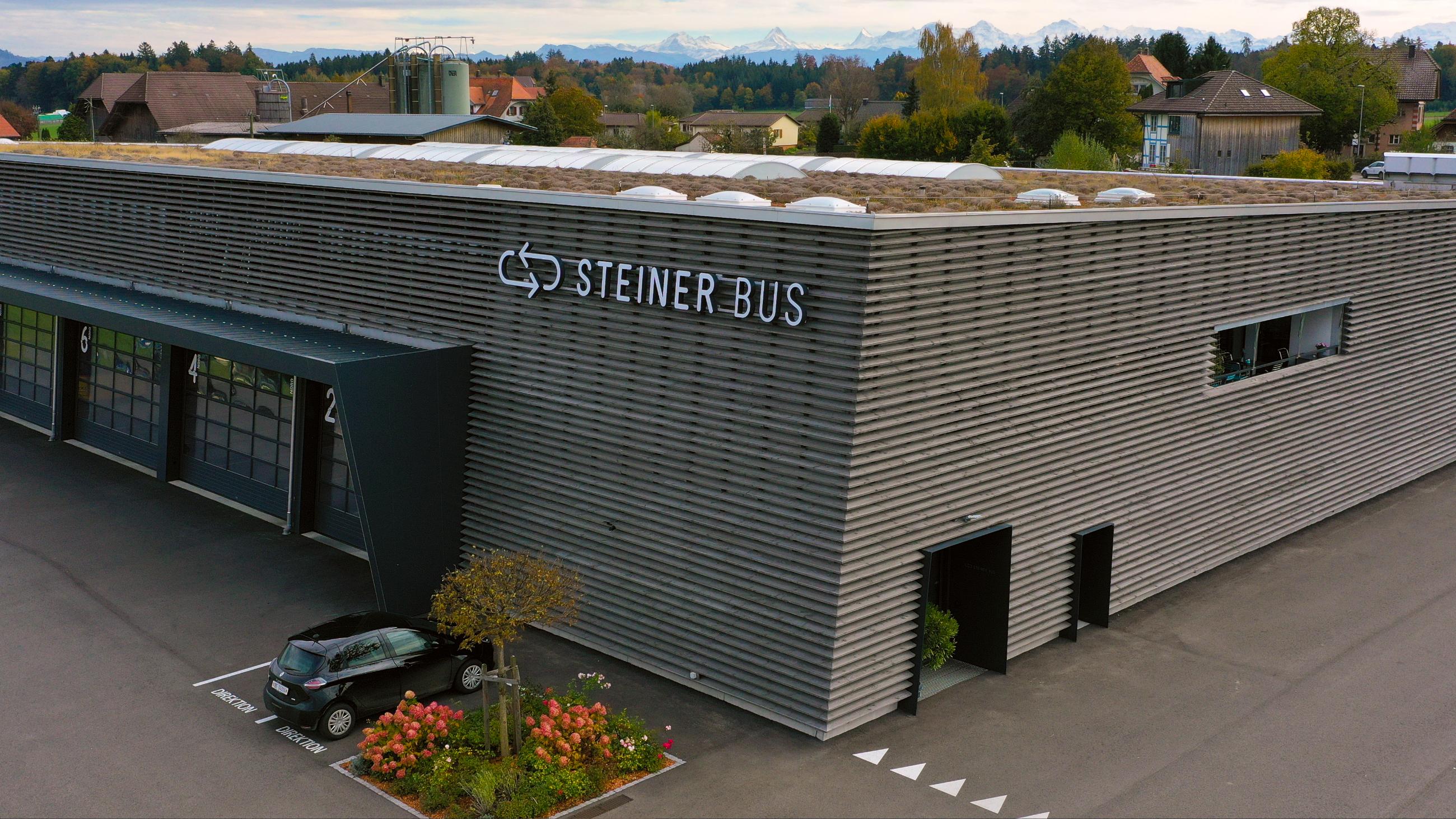 Halle Steinerbus - ONET